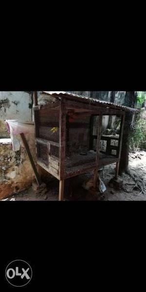 Wooden cage 2 small door 2 big door... 6 feet