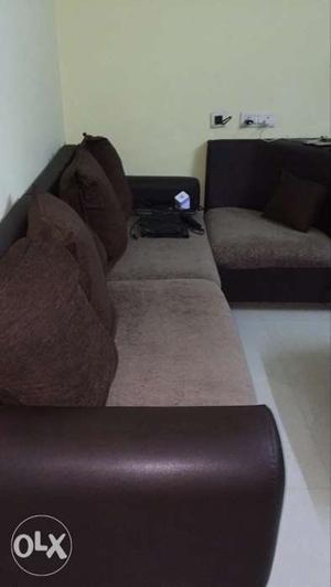 6 seater coner sofa like new