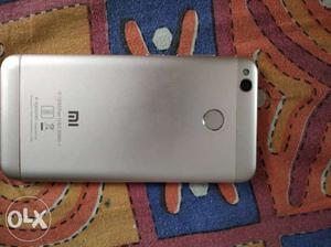 Mi 4 with very good condition with original chager