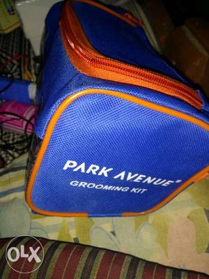 Brand New Park Avenue Grooming good morning kit having all