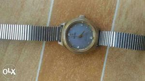 Ladies mechanical watch needs service
