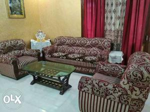 Sofa set, center table and 7 curtains in very