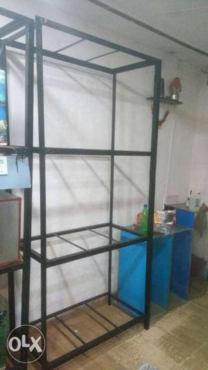 Aquarium rack available for sale in good