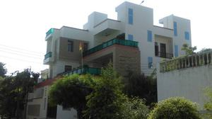 2BHK Independent 2nd Floor for Rent in Virat Khand Gomti