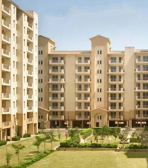 Emaar Palm Hills - Ready to move Apartments on NH8