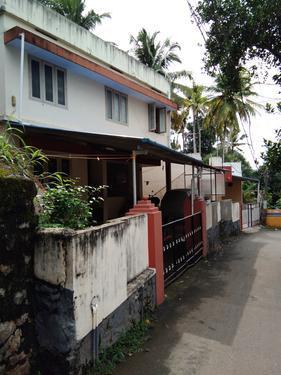 HOUSE FOR RENT NEAR PONGUMMOODU