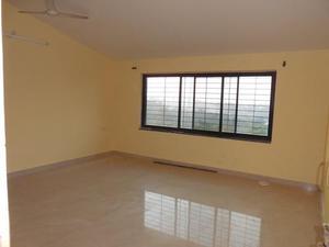 2 Bhk 85sqmt flat Semifurnished for Sale in Porvorim North