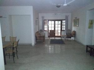 Indira nagar 3 BHK flat semifurnished with basic amenities