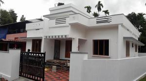 5 cent plot House for sale in Aluva near Airport 45 Lakh