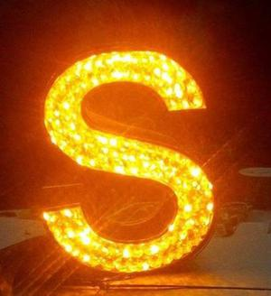 Manufacturers of Acrylic,Metal,Crystal Letters.