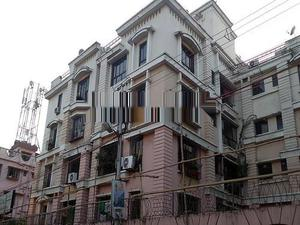 2BHK Fully Furnished Flat For Rent in New Alipore Residency