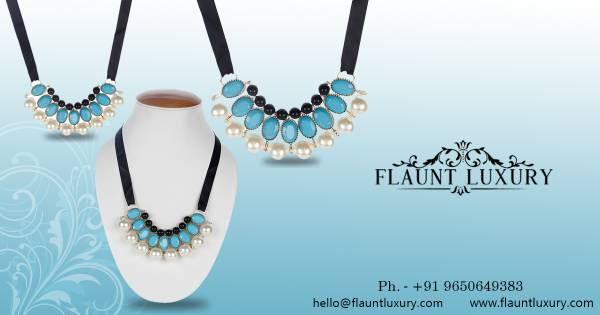 Get a sparkling Look with Flauntluxury Jewellery Set