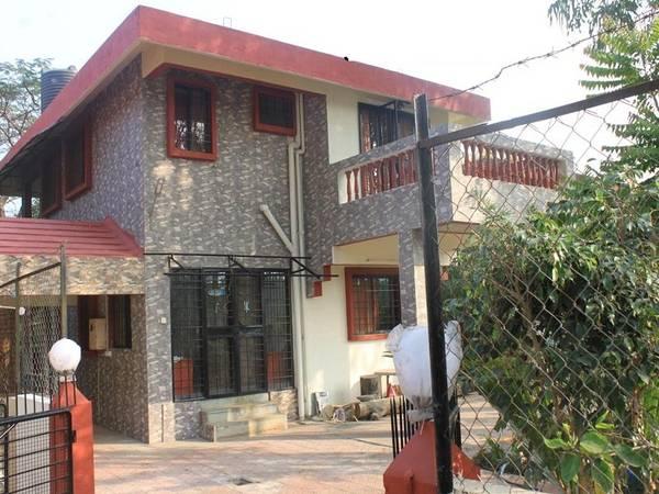 4 BHK Rental Flat - Duplex House for Rent in Vikaspuri