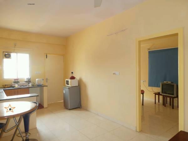 Furnished 1 room kitchen no brokerage  p.m.Manyata tech