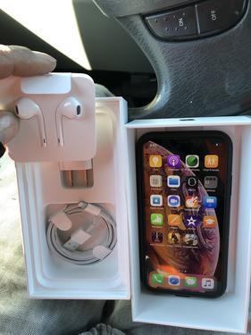 NEW Apple iPhone XS Max 256GB Gold Phone Unlocked FAST WORL