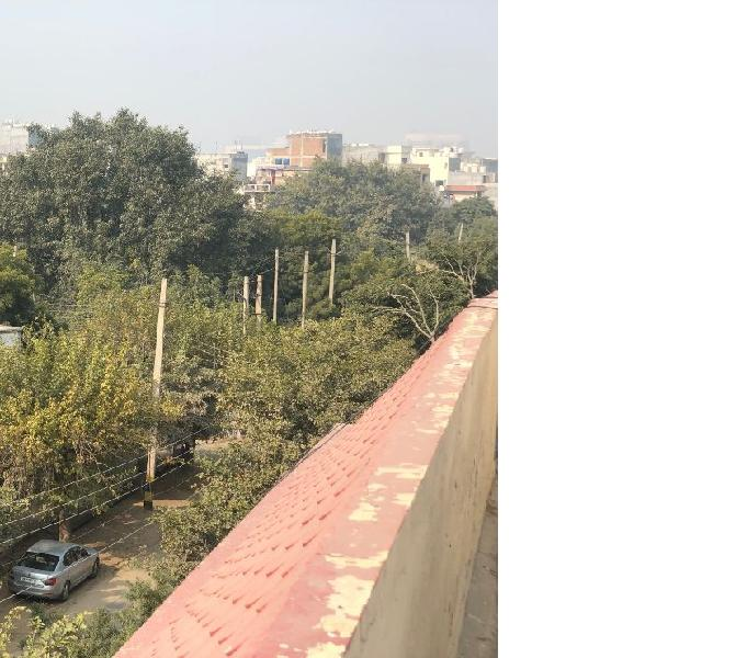 500 sq yard residential plot for sale in DLF phase 3