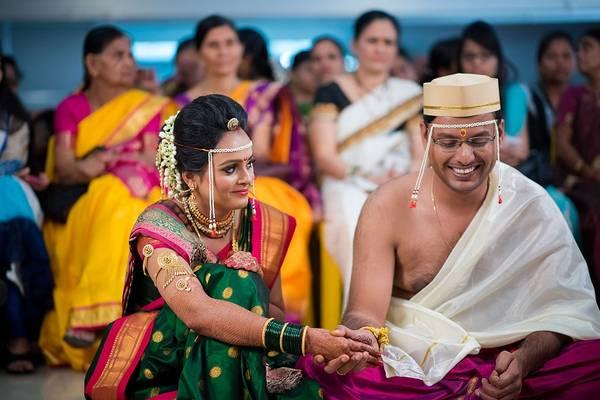 Hire Wedding Photographer in Pune