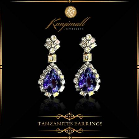 Kanjimull Jewellers craft the best colored stones jewellery