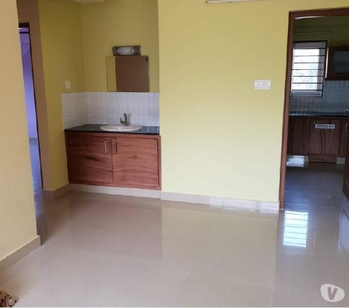 2 BHK...SEMIFURNISHED FLAT FOR RENT
