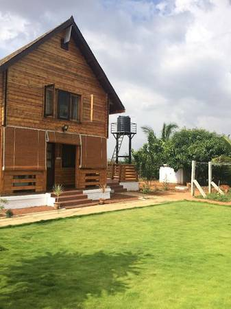 A spacious wooden house for rent in Bangalore