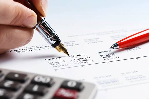 Are You Facing Trouble in Bookkeeping? Avail our Ready