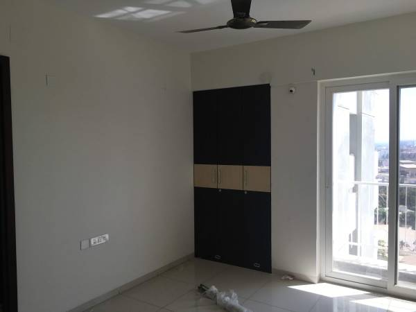 3BHK Residential apartment for rent in Urban Forest