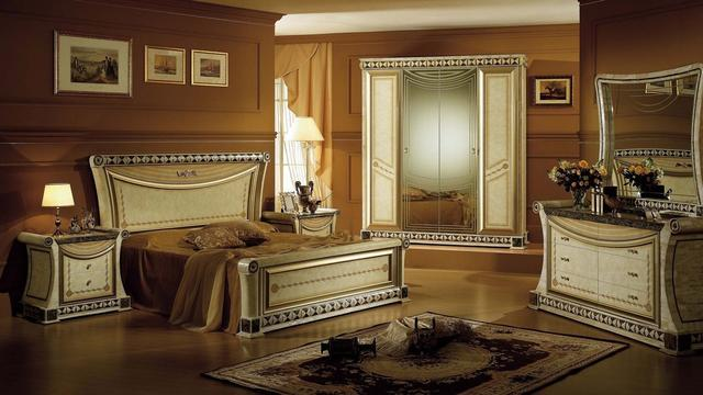 2 BHK 950 Sqft Flat for Sale in Amanora Park Town for sale