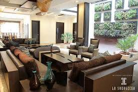 How to Look for One of the Finest Luxury Furniture in Delhi