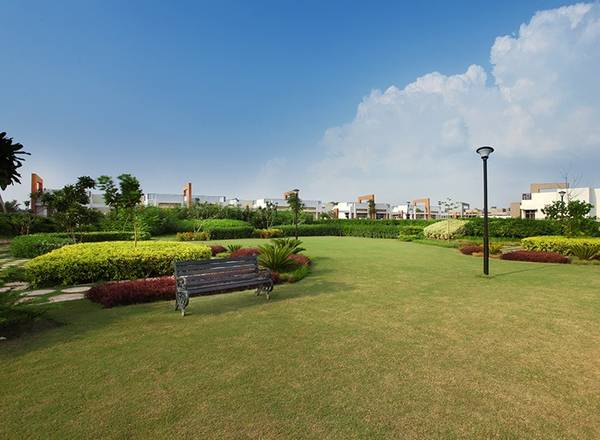Plots available for sale in Bijnor road - Eldeco shaurya