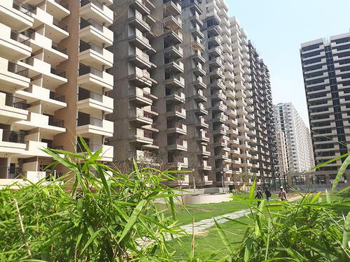 Buy affordable 23 BHK in Gaur Atulyam Rs 2995 PSF