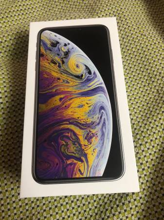 iPhone XS Max 64gb Silver Brand New