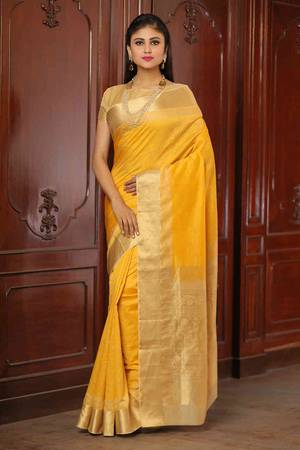 Latest Designer Ethnic Wear Sarees Online from Mohey