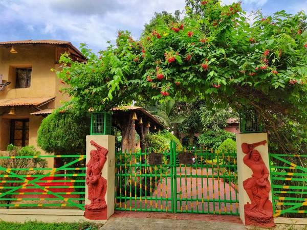 Best Guest House in Rashbehari