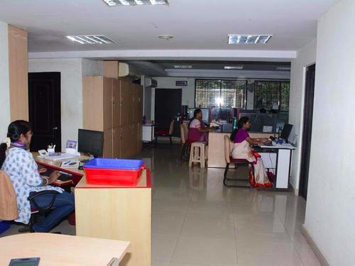 fully furn office space in TNagar 1300Sq 20 work station