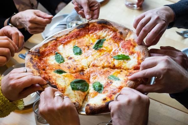 Best Pizza Deals Form The Best Pizza Restaurant