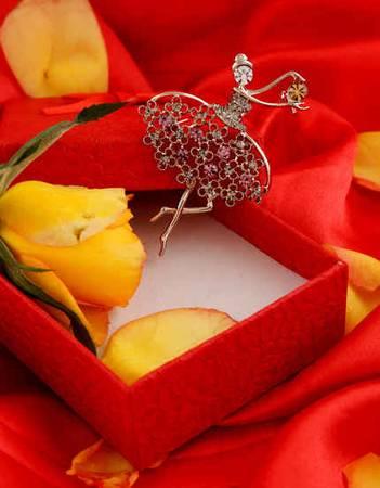 Buy Sherwani Brooch For Men Online at Anuradha Art Jewellery