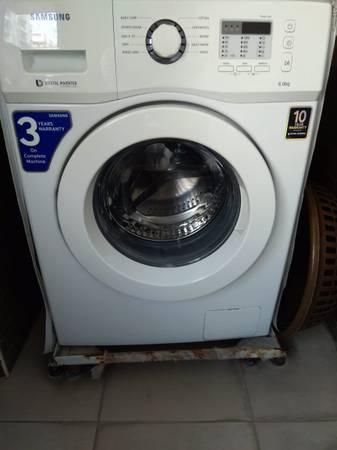 Samsung WF600BOBTWQ Front Door Washing Machine