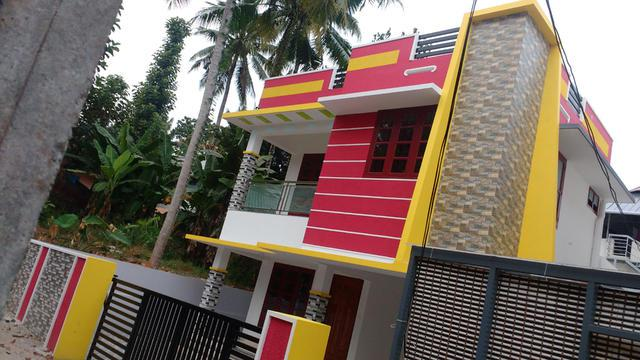 Perurkkada Mannamoola 4 cents 1750sqf 3 bhk new house with