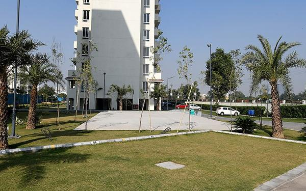 Emaar Emerald Estate 3 BHK Luxury Apartments in Gurgaon
