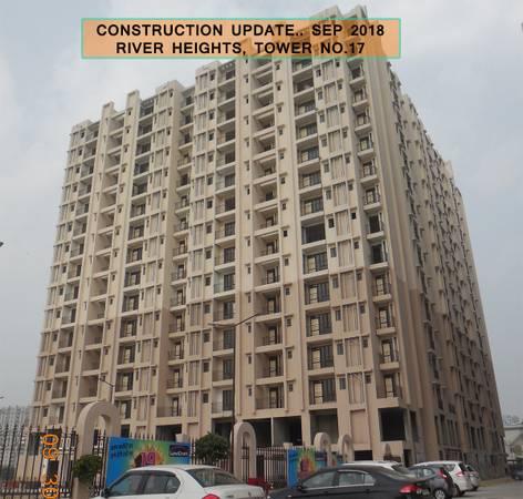 2 Bhk ready to move apartment in Raj Nagar extension