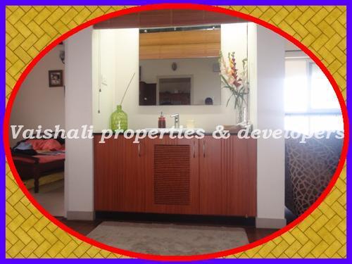 1813 sqft semi furnished flat near Beach Hospital Calicut
