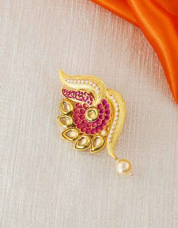 Latest Saree Pin & Saree Brooch Designs Online For Women at