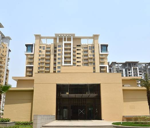 Emaar Palm Heights: Luxurious Lifestyle in Sector 77, NH-8,