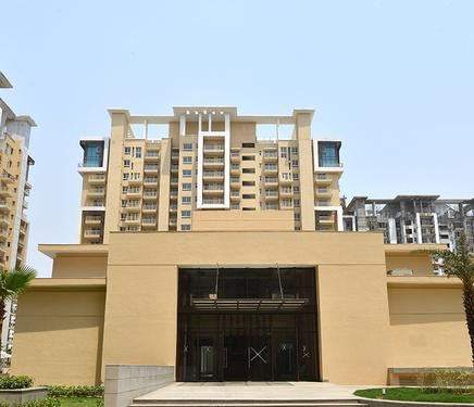 Emaar Palm Heights Luxurious Lifestyle in Sector 77 NH8