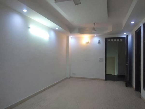 Buy 2 bhk flats 713 sqft @ 90 lac in Tagore Garden