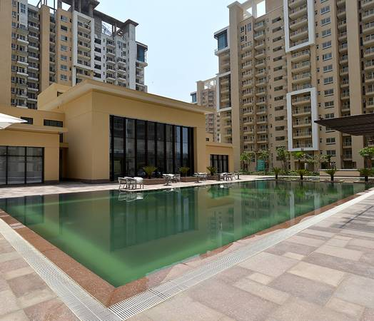 Emaar Palm Gardens: Ready to move 3BHK Flat in Sector 83,