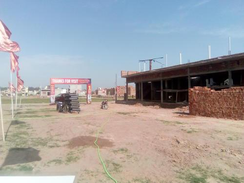 COMMERCIAL SHOPS FOR SALE IN SEERAT PLAZA STARTING 19 LACS