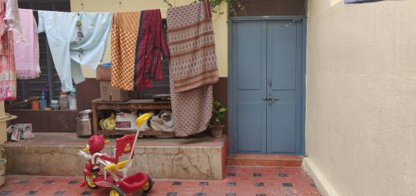 2 bhk small furnished house available on Cambridge road,