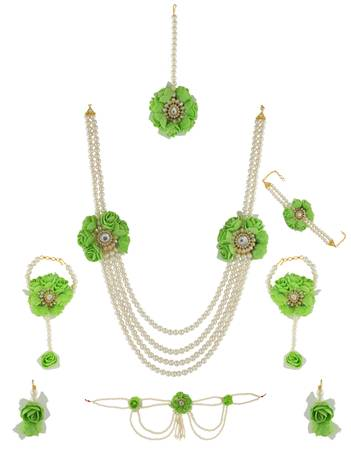 Check out collection of flower jewellery online at Anuradha