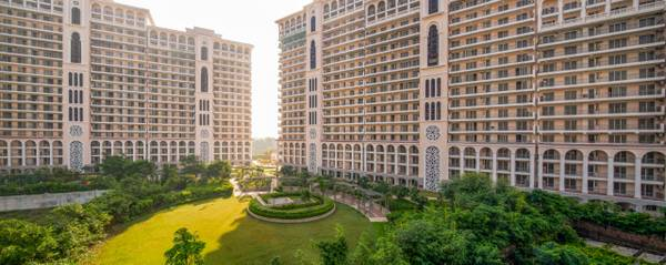 DLF Skycourt: Luxury Lifestyle Apartments on NH8